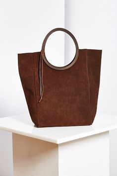 Jo Suede Circle Tote Bag - Urban Outfitters