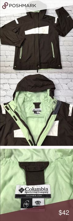 ⬇️ Columbia Jacket Columbia youth Jacket Water Resistant Windbreaker Hooded 14/16  Size: 14/16 Type: Jacket Style: Hooded, Rain Jacket, Windbreaker Brand: Columbia  Color: Brown, Green, White  Condition: Gently used Country of Manufacture: Vietnam 