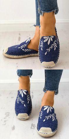 a19063eaa38e Fashion Embroidered Espadrille Flat Slippers