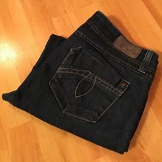 """LEVEL 99: Chloe slim boot leg jeans - size 29 Anthropologie slim boot leg jeans with a 32"""" inseam, 8.5"""" rise, and 19"""" leg opening.. They measure 16"""" across the top of the waist when laying flat.. EXCELLENT condition!! Anthropologie Jeans Boot Cut"""