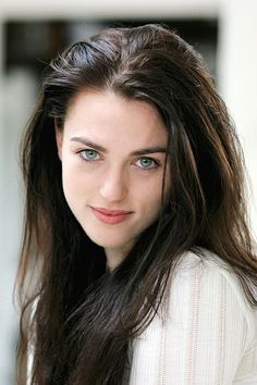Katie McGrath U. likes. Katie McGrath is best known for portraying Morgana on the BBC One series Merlin Katie Mcgrath Hot, Pretty People, Beautiful People, Irish Women Beautiful, Beautiful Eyes, Gorgeous Girl, Baby Face, Lena Luthor, Natural Blondes
