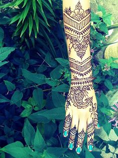 Hand and arm henna love it.