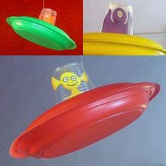 un OVNI! No link! Cute Aliens on UFO, should be easy to recreate using paper plates, plastic cups and some foam!No link! Cute Aliens on UFO, should be easy to recreate using paper plates, plastic cups and some foam! Kids Crafts, Summer Crafts, Toddler Crafts, Projects For Kids, Diy For Kids, Art Projects, Space Party, Space Theme, Paper Plate Crafts