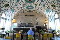 Cafe Restaurant Corbaci (c) Mautner stadtbekannt.at Cafe Restaurant, Restaurant Design, Honeymoon Pictures, Bar Interior Design, Restaurants, Online Magazine, Vienna, Austria, Arcade