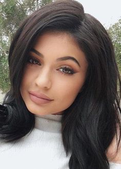Kylie Jenner - Kardashian/Jenners - Make-up Trajes Kylie Jenner, Kendall Y Kylie Jenner, Estilo Kylie Jenner, Kyle Jenner, Kylie Jenner Makeup, Kylie Jenner Outfits, Kylie Jenner Style, Kardashian Jenner, Kourtney Kardashian