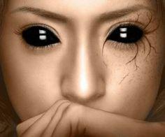 Aterradores encuentros con niños de ojos negros.. Durante años, una gran cantidad de extrañas historias sobre niños de ojos negros han estado presentes en Internet a través de foros y redes sociales. No se sabe muy bien si se trata de simples leyendas urbanas o sucesos reales, si se trata de experiencias con híbridos extraterrestres, niños poseídos por demonios o un fenómeno criptozoológico.. http://visionannuk.blogspot.com.es/2014/03/aterradores-encuentros-con-ninos-de.html