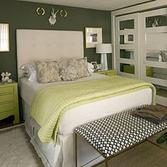 Get Inspired With These Green Bedroom Decorating Ideas!