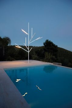Blau outdoor tree lamp | … a pianta libera