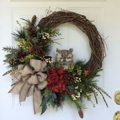 Cute DIY holiday wreath