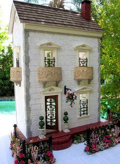 Dollhouses by Robin Carey: The Garden Town House