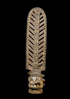 BWA MASK Burkina Faso. H 118 cm.