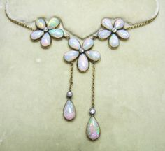 Opal Necklace in Original CaseEdwardian1910 opal necklace with diamonds set in 15ct gold