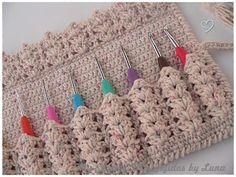 My Crochet , Mis Tejidos by Luna: Crochet Hooks Case/Estuche para los gachos crochet...