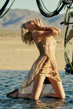 Charlize Theron - Image 0