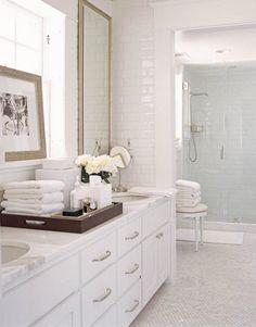 Bathroom ... photo by Jose Picayo