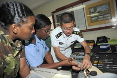 Chinese naval hospital arrives in Barbados for medical service