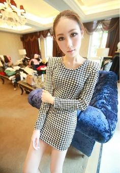 1 x Dress. Korean Fashion Summer, Asian Fashion, Houndstooth Dress, Pattern Design, Black And White, Long Sleeve, Sexy, Mini Dresses, Summer Dresses