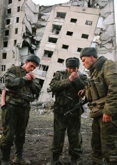 .Russian soldiers in Grozny.