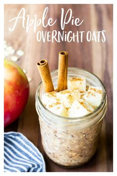 Apple Pie Overnight Oats are made with fresh apples and a combination of warm spices. This easy recipe takes just minutes to mix up at night, then wake up to delicious apple pie oatmeal all ready for breakfast. You can enjoy this oatmeal cold, warmed, and on-the-go. | #overnightoats #oatmeal #applepie #breakfast #applepieoatmeal Quick And Easy Breakfast, Breakfast On The Go, Sweet Breakfast, Breakfast Pizza, Breakfast Cookies, Breakfast Bowls, Breakfast Ideas, Apple Pie Oatmeal, Oatmeal Recipes