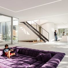 Open-plan living has been a staple of contemporary design for more than a century—here, the experts open up about the advantages of a home without walls Dream Home Design, My Dream Home, House Design, Design Design, Sunken Living Room, Cozy Living Rooms, Dining Rooms, Pit Couch, Pit Sectional