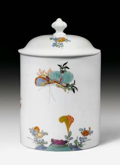 TOBACCO POT WITH KAKIEMON PATTERN,  Meissen, circa 1730.    Sold for CHF 7 000