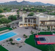 Sarah Palin Is Selling Her Arizona House