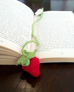 Crochet Strawberry Bookmark Pattern Download by breezyboutiqueUK on Etsy