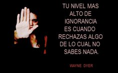 "UNIVERSE HOLISTIC ""Terapias Naturales"" Wayne Dyer, Thought Of The Day, Beautiful Mind, Spanish Quotes, Always Remember, Change Quotes, Note To Self, Wise Words, Decir No"