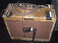 Not a Neil Young fan, but I love how old and beat up his amp is. Fender Guitar Amps, Guitar Rig, Cool Guitar, Neil Young, Electric Guitar And Amp, Fender Deluxe, Tweed, Bass Amps, Music Stuff