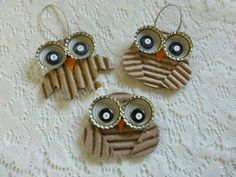 Diy Crafts - Owl decoration Recycled Corrugated Cardboard by NaturesWalkStudio Owl Crafts, Animal Crafts, Holiday Crafts, Art For Kids, Crafts For Kids, Arts And Crafts, Cardboard Crafts, Paper Crafts, Cardboard Recycling