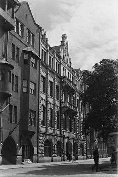 The Radio House of Finnish Broadcasting Company in Helsinki, 1930s. Yleisradion toimitalo (Radiotalo), Fabianinkatu 15, Helsinki.