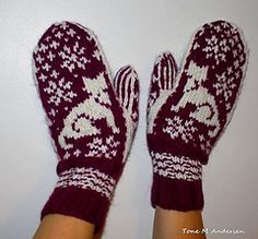 Ravelry: Mittens Cat - Chat - Katt pattern by Tone M Andersen Mittens Pattern, Knit Mittens, Knitting Socks, Mitten Gloves, Hand Knitting, Stitch Patterns, Crochet Patterns, Fingerless Mitts, Fair Isle Knitting