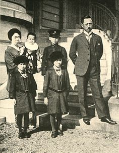 Japanese Imperial family's antique photograph.  Kitashirakawanomiya Yoshihisa (1847- 1895) Family. He is member of the Imperial family.   Edo-era / Meiji-era.