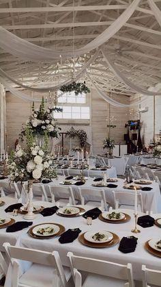 Minimalist Wedding Reception, Modern Wedding Theme, Black And White Wedding Theme, Elegant Wedding Themes, Elegant Modern Wedding, Classic Wedding Decor, Botanical Wedding Theme, Dream Wedding, Indoor Wedding Receptions