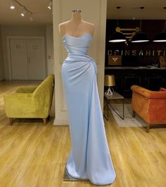 Cute Prom Dresses, Prom Outfits, Glam Dresses, Event Dresses, Pretty Dresses, How To Dress For A Wedding, Fancy Gowns, Evening Attire, Classy Dress