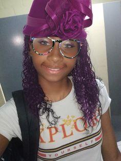 Glasses, Fashion, Wall, Eye Glasses, Moda, Fashion Styles, Eyeglasses, Fashion Illustrations, Eyewear