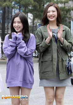 RED VELVET - Irene #아이린 (Bae JooHyun #배주현) & Joy #조이 (Park SooYoung 박수영) #JoyRene #조이린 160318 #레드벨벳 '심쿵 눈웃음 대결'
