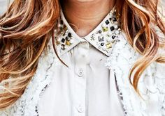 DIY collar necklace for straples top and embellished shirt with pearls Fashion Group, Diy Fashion, Womens Fashion, Diy Mode, Photography Articles, Old Shirts, Cute Diys, Silver Pearls, Collar Necklace