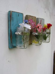Shabby chic rustic wooden vases sconce mason jar wood vase wall decor cottage decor - set of THREE (Diy Candles Sconce) Mason Jar Crafts, Mason Jars, Shabby Chic Decor, Rustic Decor, Arte Pallet, Wood Vase, Diy Inspiration, Wall Decor, Room Decor