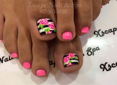 Super cute pink roses with black and white strips on the big toe nails, love this. Would be just as cute on finger nails. Get Nails, Fancy Nails, Love Nails, Pretty Nails, Pretty Toes, Flower Toe Nails, Pink Toe Nails, White Toenails Polish, Toenails Painted
