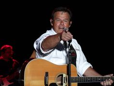Sammy Kershaw, performing at JITH 2015, 7/16/15.  Check out over 1600 pics from Jamboree In The Hills 2015 - including individual links to go straight to specific artists with just one click - HERE: http://www.wovk.com/features/jamboree-in-the-hills-159/