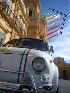 peaceful eyes — Evviva l'Italia ! Fiat Cinquecento, Fiat 500c, Fiat Abarth, Vespa, My Dream Car, Dream Cars, Fiat Cars, Cute Cars, Small Cars