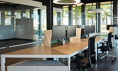 Workdesks and tables for offices - Trigon table and desk system Office Furniture, Office Desk, Flexible Furniture, Furniture Collection, Workplace, Vans, Design, Home Decor, Modern
