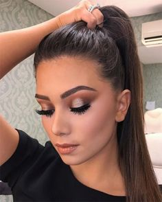 Time to think about make-up, which should be something special, without overdoing it! Our make-up ar Glam Makeup, Formal Makeup, Glossy Makeup, Cute Makeup, Skin Makeup, Bridal Makeup, Wedding Makeup, Makeup Looks, Awesome Makeup