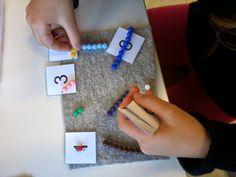 En classe avec Montessori: Les perles colorées