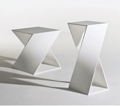 Stephan Veit :: Torno side tables