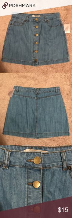 Forever 21 Denim Button Up Skirt Forever 21 denim button up skirt. NWOT. Size XL but could easily fit a L as well. Forever 21 Skirts Mini