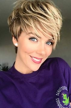 Most Stylish Short Hair Styles with Bangs Stylish Short Hair, Short Hair Styles Easy, Short Hair With Bangs, Short Hair Cuts For Women, Short Hairstyles For Women, Hairstyles With Bangs, Braided Hairstyles, Short Haircuts, Black Hairstyles