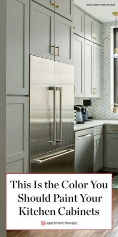 Kitchen Cupboard Colours, Best Kitchen Cabinet Paint, Kitchen Cabinets Color Combination, Kitchen Color Trends, Best Kitchen Cabinets, Kitchen Tops, Kitchen Cabinet Design, Painting Kitchen Cabinets, Interior Design Kitchen