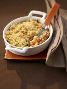 Crumble rhubarbe-abricot - Recette de cuisine Marmiton : une recette